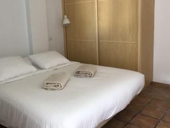 Apartamento-Básico-Baño con ducha-Balcón-Patio Granada 1