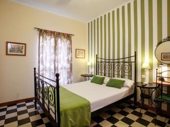 Doble con dos camas-Baño compartido