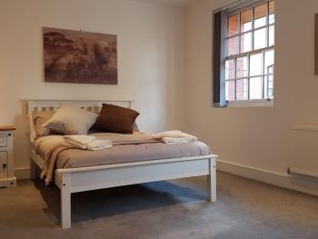 E&I Apartments - Jewellery Quarter - Bedroom
