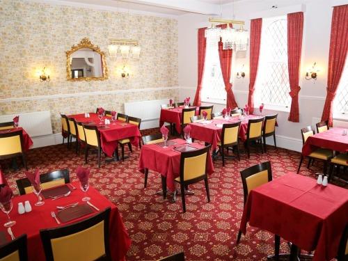 Hotel restaurant / Breakfast area