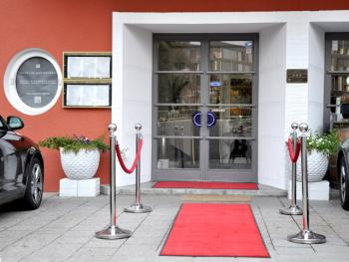 Eingangsbereich attraktiv gestaltet
