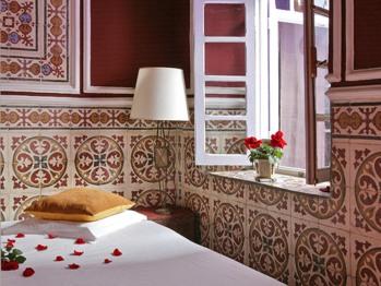 Double or Twin-Comfort-Ensuite-Balcony-1ér étage  - Double ou Twin-Confort-Salle de bain et douche-Balcon-1ér étage