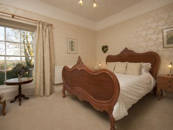 King-Ensuite-The Tamar Room
