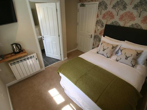 Cosy-Double room-Standard-Ensuite - Base Rate