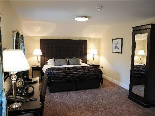 Double room-Ensuite-Brown Hare