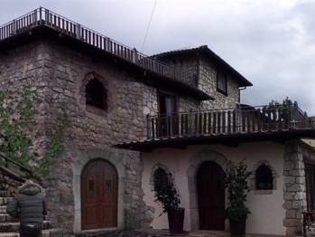 Casale San Pietro entrance