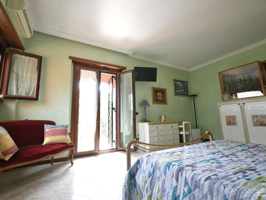 Matrimoniale-Lusso-Jacuzzi-Balcone