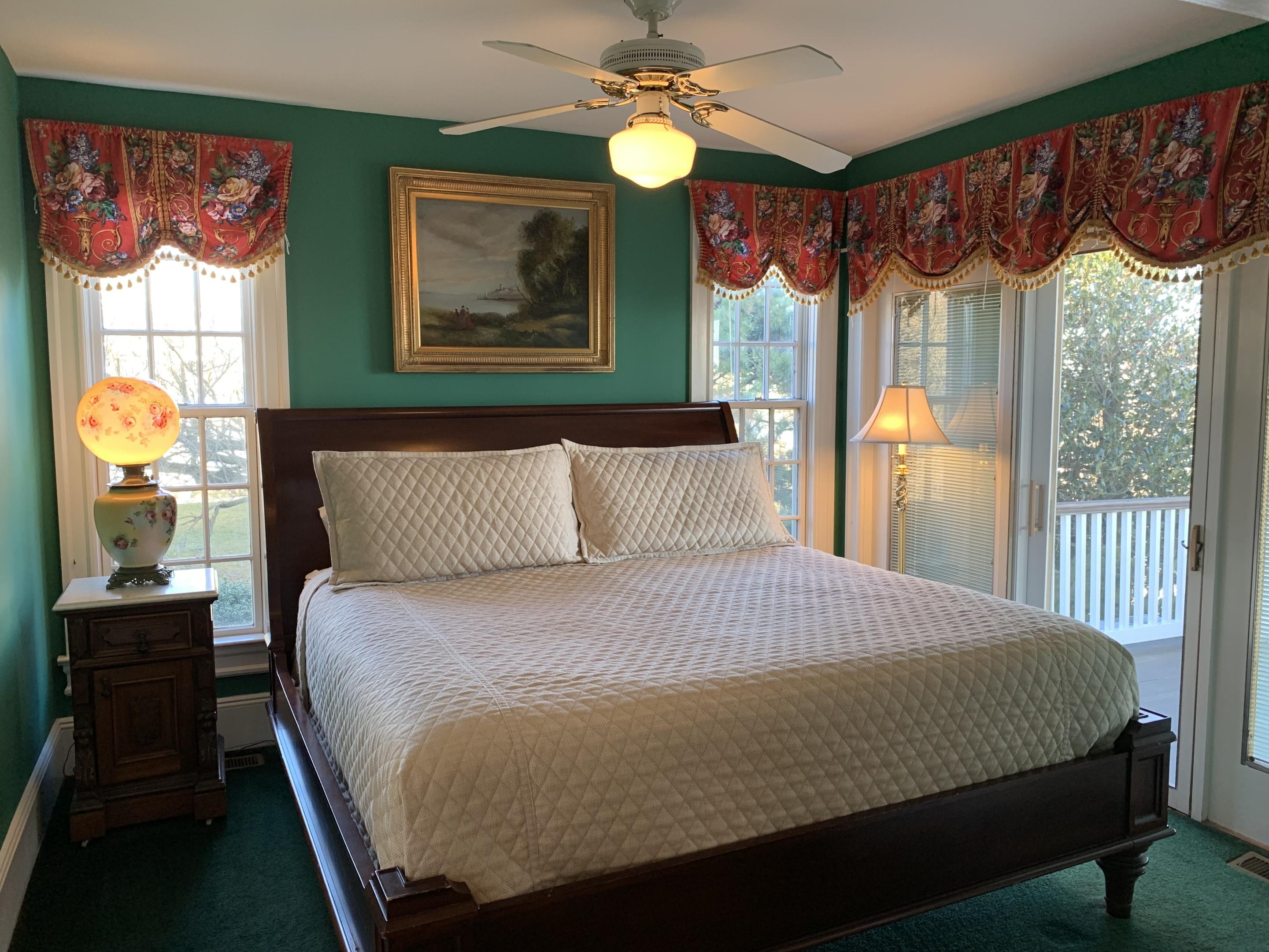 Family room-Ensuite-Suite-Ocean View - Base Rate