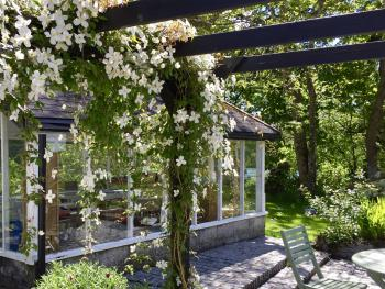Pergola summer house