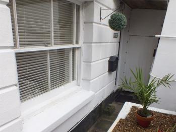 The Garden Flat - Front exterior