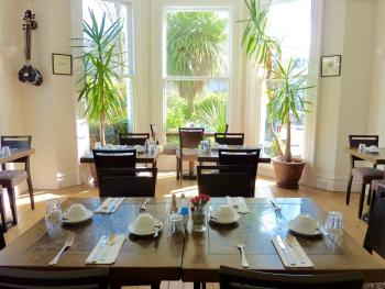 Derrin Guest House - Breakfast room