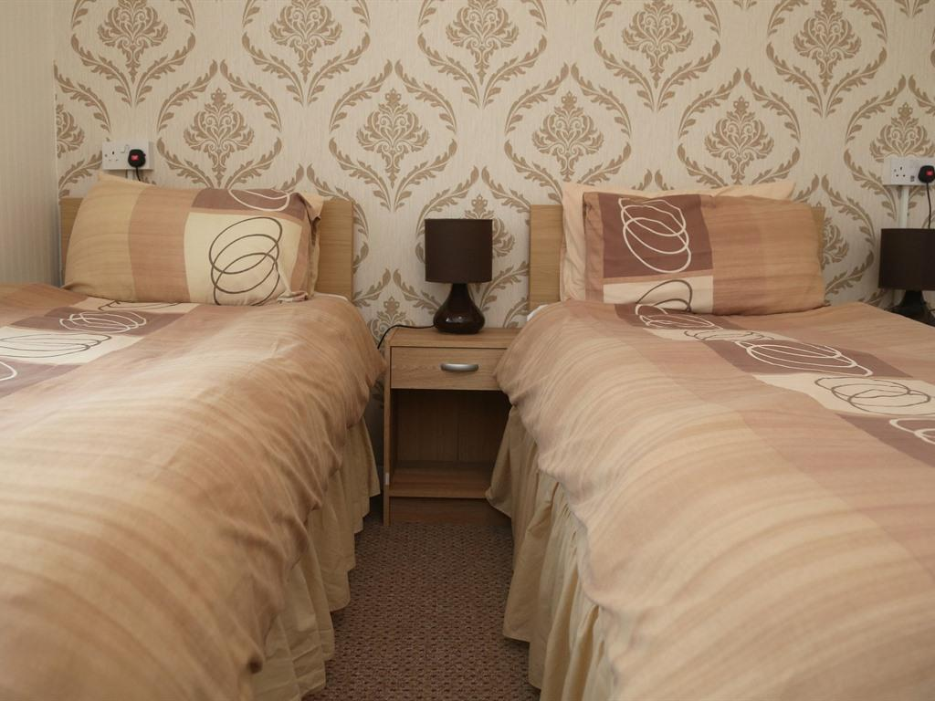 Double or Twin-Ensuite-Room 4