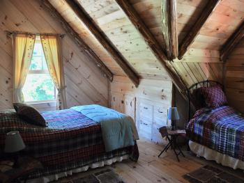 Triple room-Private Bathroom-Romantic-Balcony-Loft Bedroom Deer - Base Rate