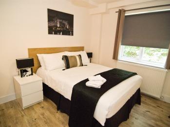 Apartment-Ensuite-1 Bedroom