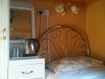 Single room-Standard-Shared Bathroom-Room 1 (1 Adult  only)