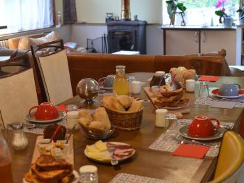 Petits déjeuners au salon/salle à manger
