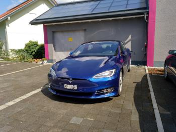 Ladestation Tesla S
