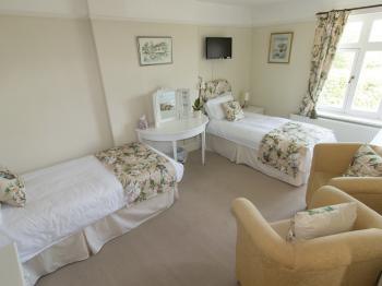 Twin Room with En Suite