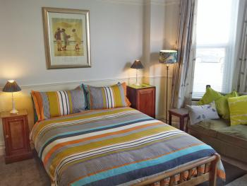 Double, En-suite Bathroom – Double Occupancy (Breakfast included)