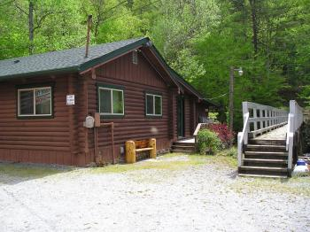 Deep Creek Cabin