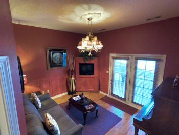 Grand Suite Parlor Room (Sleeps 4)