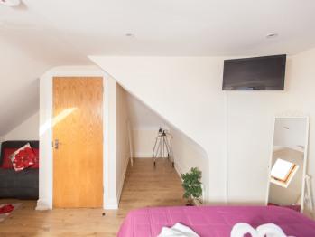 Bedroom Studio RP7