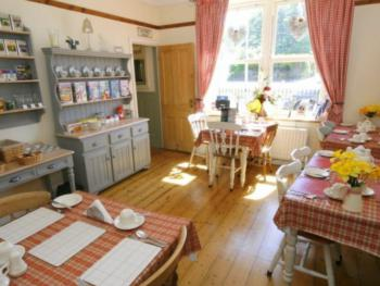 Moor End Bed and Breakfast - Breakfast room