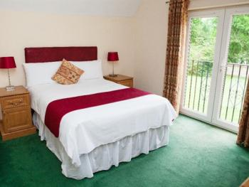 Double room-Ensuite-(Breakfast Included)