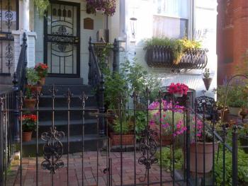Garden-front entry