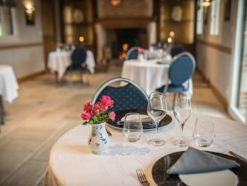 La salle de petit déjeuner - Le Manoir - Domaine le Clos du Phare