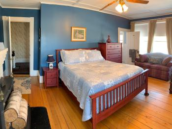 Double room-Ensuite with Bath-Signature-Ocean View-The Blue Room