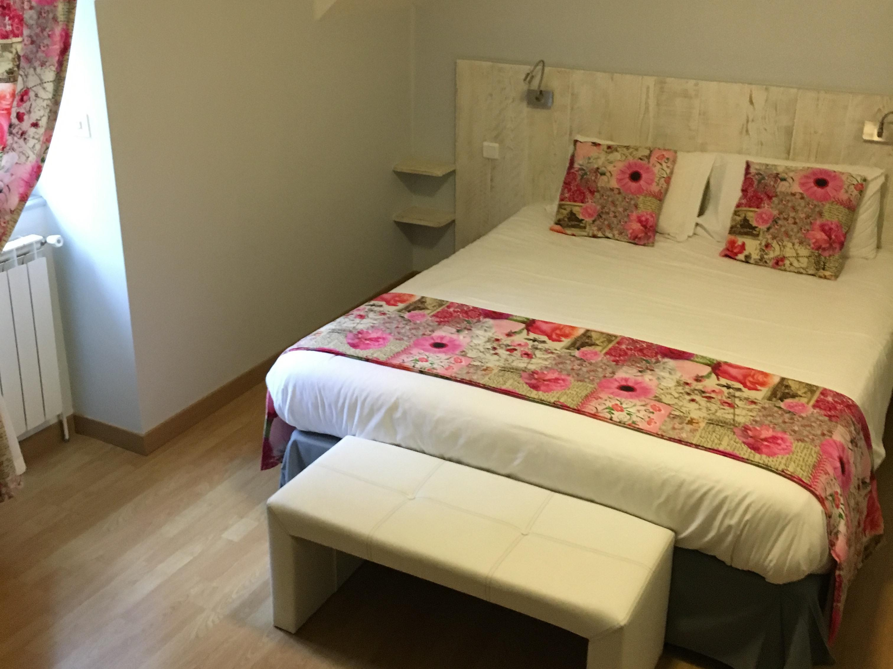 Chambre Superieure-Double room-Ensuite with Bath