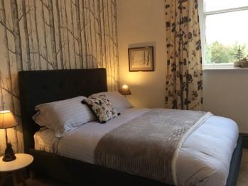 Millwood Lodge - Woods room