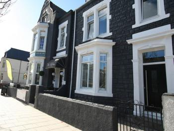 Clifton Guest House - The Clifton Hotel South Shields