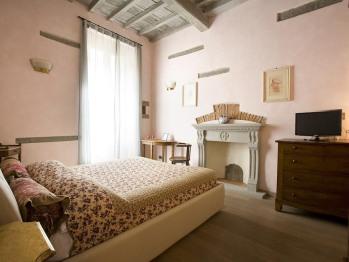 Double room-Standard-Ensuite with Shower-Garden View-Cupido