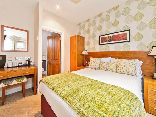 Room 3 - Standard double sleeping 2