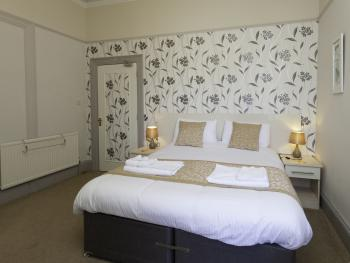 Ground floor king size room ensuite