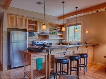 Kitchen of Riverfront Suite