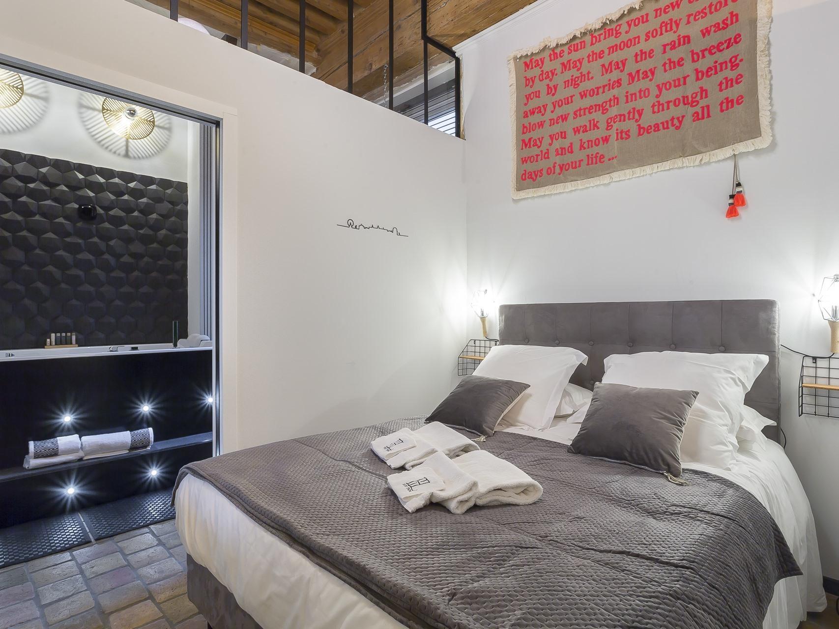 Appartement-de Luxe-Jacuzzi-Vue ville - Tarif de base