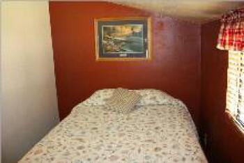 Cabin-Private Bathroom-Standard-Mountain View-Cabin 2