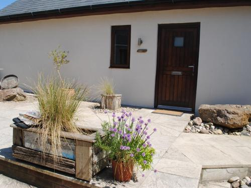 All room are independently accessed from the courtyard garden