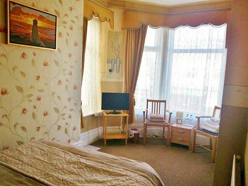 Double room-Premium-Ensuite-with bay window 1st floor