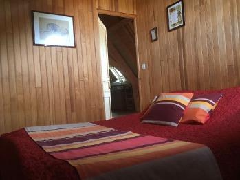 Appartement la Pinède - chambre lit double