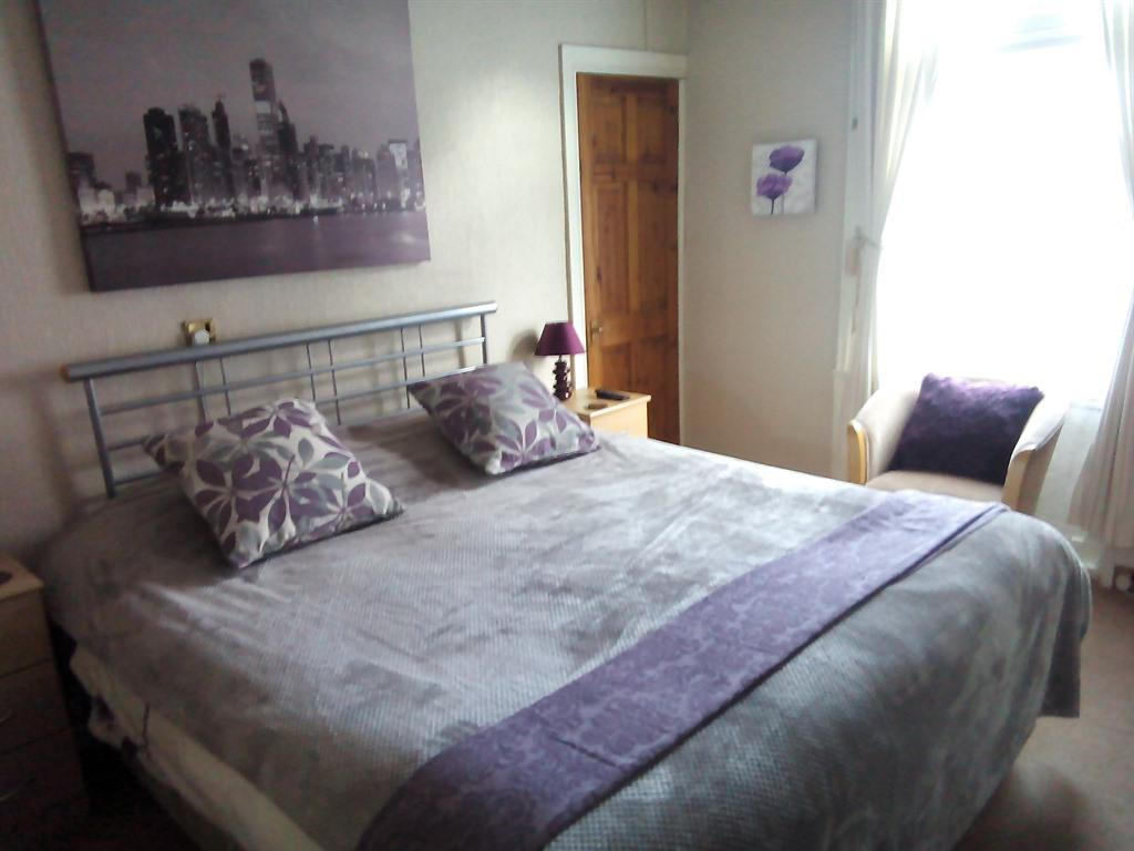 Double room-Ensuite-Queensize