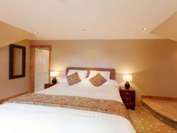 Double room-Ensuite with Shower-Honeymoon