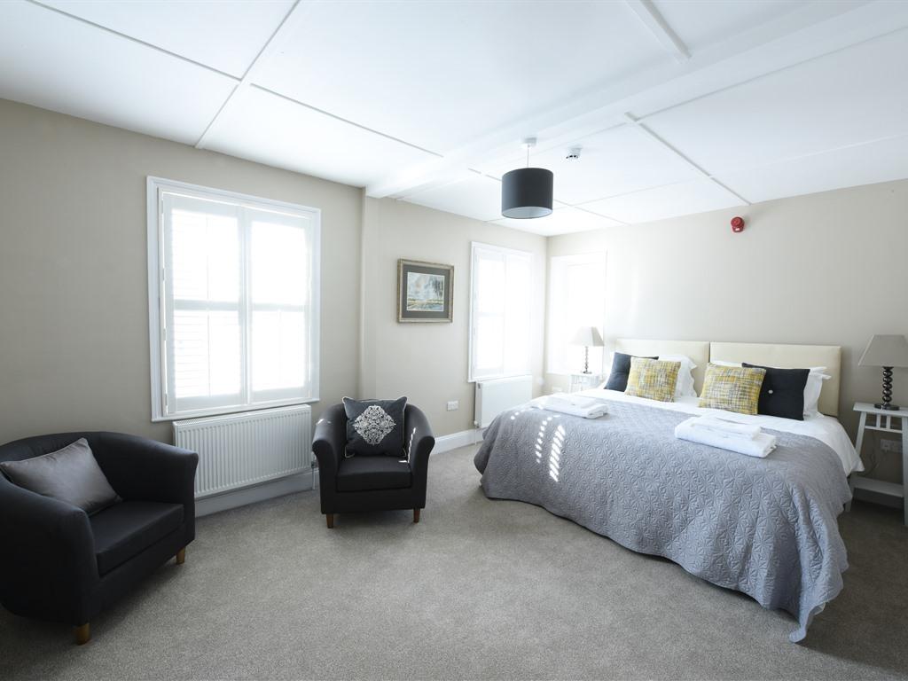 Woodcote Super King Suite