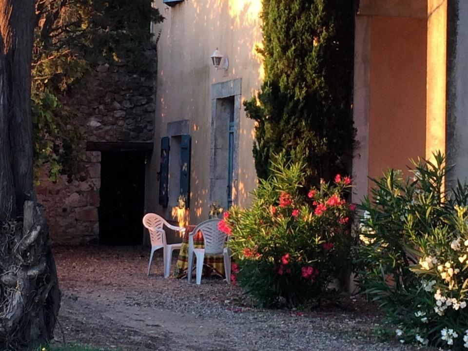Appartement-Villa-Douche-Vue sur Jardin-Gîte La Forge - Tarif de base