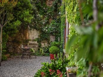 Terrasse chambre Olivière Clos des Aspres