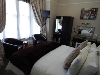 Double room-Ensuite-No1 King