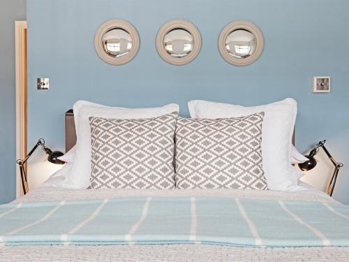Room 3, double bed